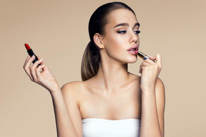 Study: Half of US Cosmetics Contain Toxic Chemicals